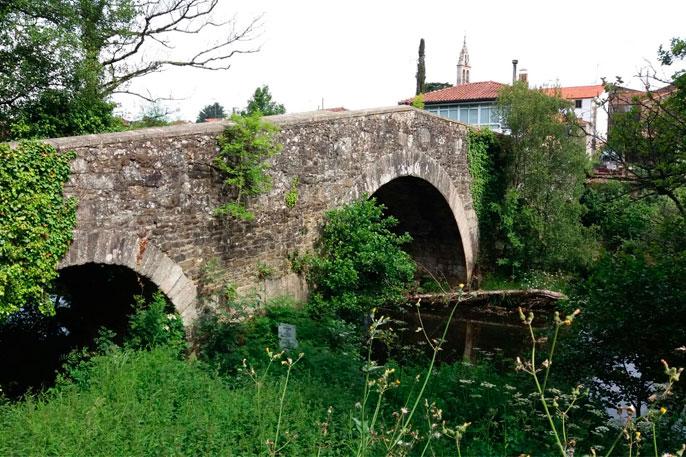 Puente medieval de Furelos, en la etapa entre Palas de Rei y Arzúa.